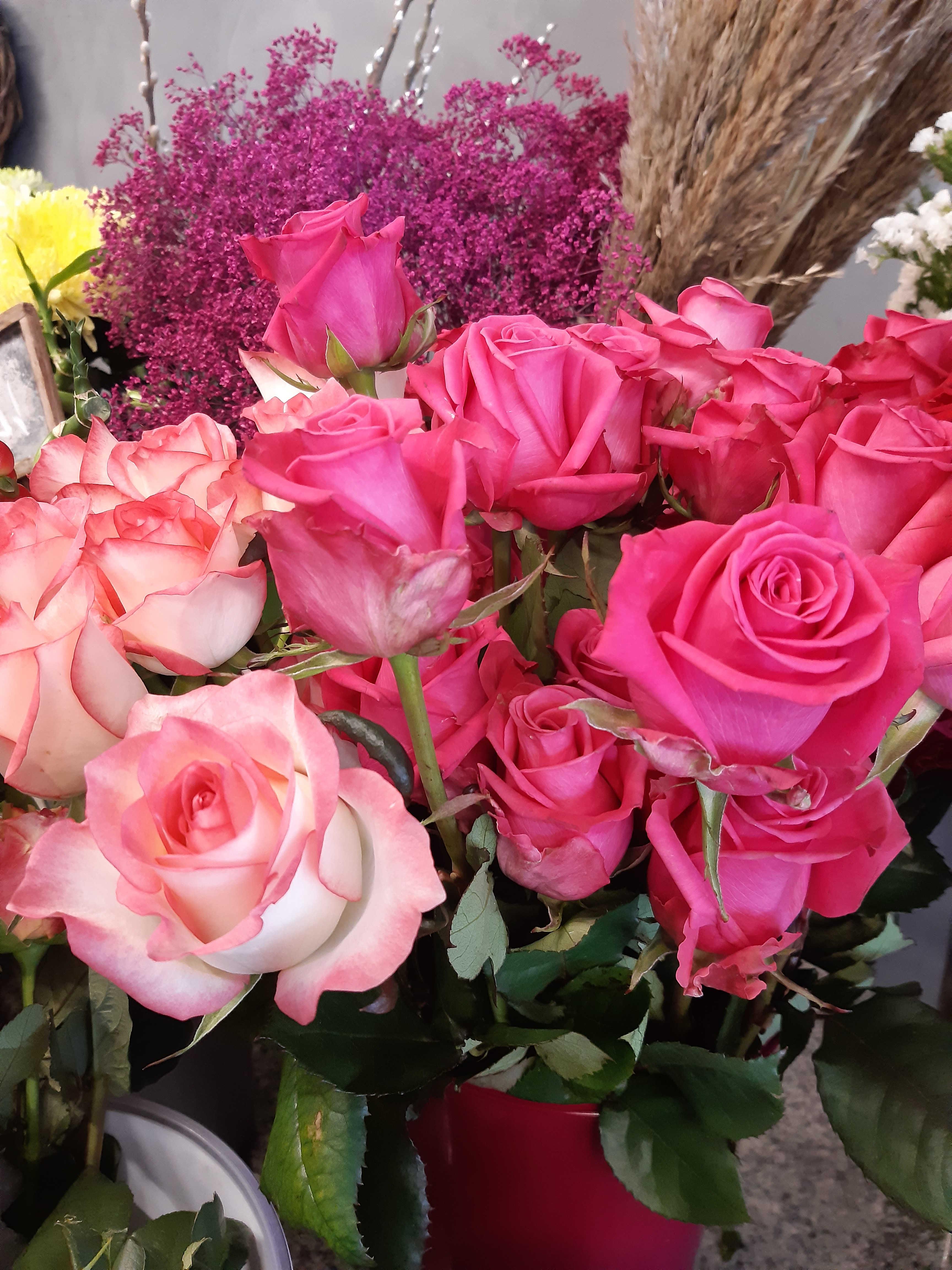 Bunter Rosenstrauß - 9 langstielige Rosen